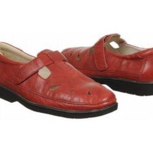 Propét leather shoes